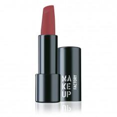 MAKE UP FACTORY Помада полуматовая устойчивая для губ, 291 ягодный / Magnetic Lips semi-mat & long-lasting 4 г